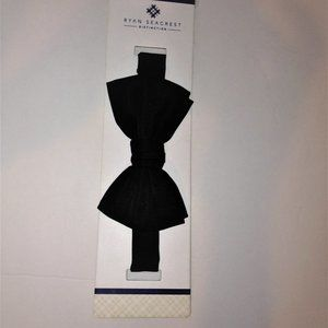 Ryan Seacrest Distinction Black Bowtie